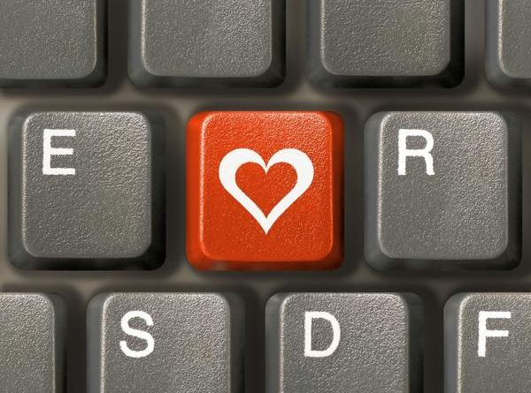 1435410-keyboard_love_super